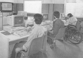studenti con disabilità motoria al computer