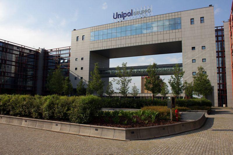 immagine cubo - centro Unipol Bologna