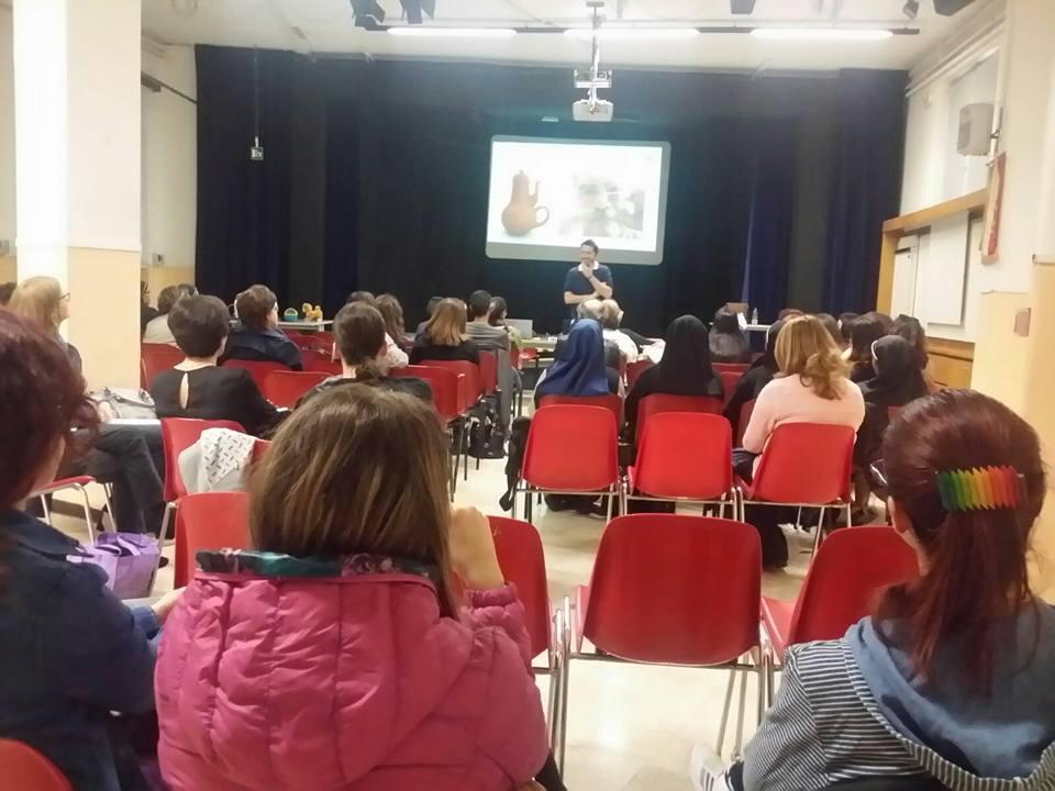 Pubblico agli incontri di social care